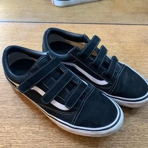Black Vans old skool V